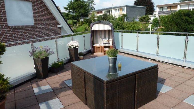 brise vue terrasse en verre. Black Bedroom Furniture Sets. Home Design Ideas